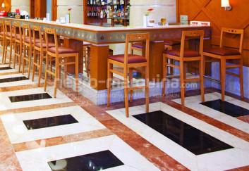 Negro Marquina flooring